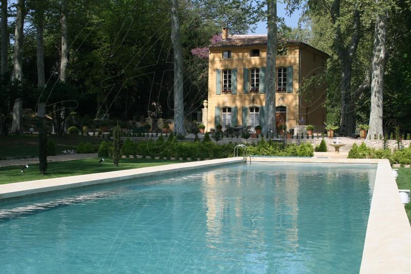 Maison bourgeoise centre ville d 39 aix en provence 13000 avec grand jardin et piscine - Maison jardin toulouse aixen provence ...