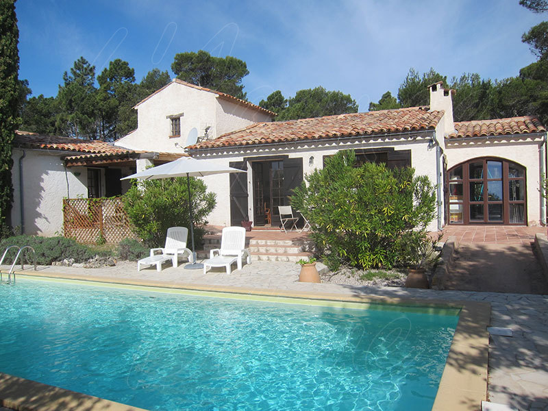 Maison piscine perfect piscine week end particulier for Acheter une maison en toscane